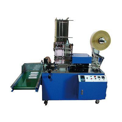 Multi-piece drinking straws sides sealing packing machine
